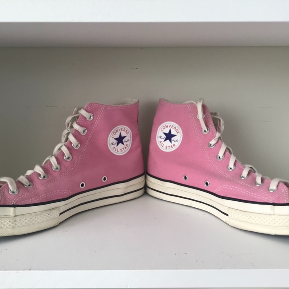Converse Shoes   Mens Size 1 Pink